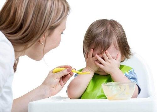 Motivare i figli a mangiare