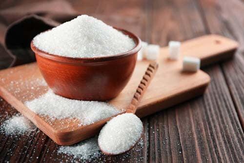Zucchero bianco nel cibo