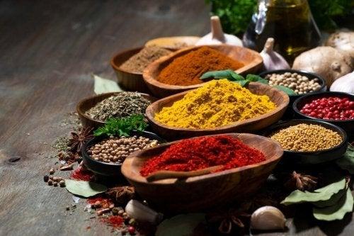 6 spezie con incredibili benefici per la salute