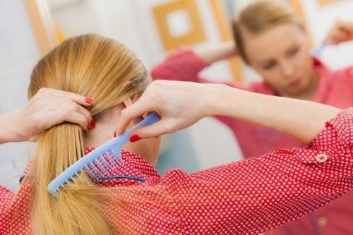 Modi per combattere la caduta dei capelli