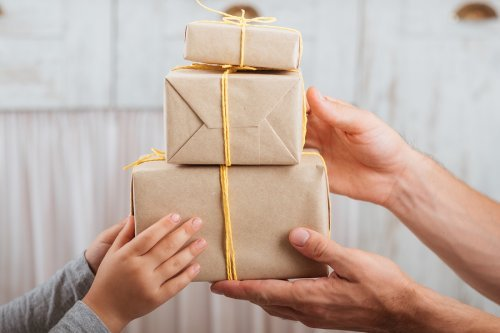 Confezioni regalo di cartone