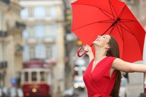 4a8bf5fc3c Il colore rosso ci rende più attraenti — Vivere più sani
