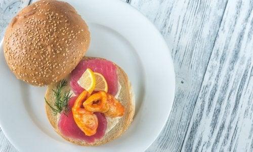 Hamburger di tonno rosso