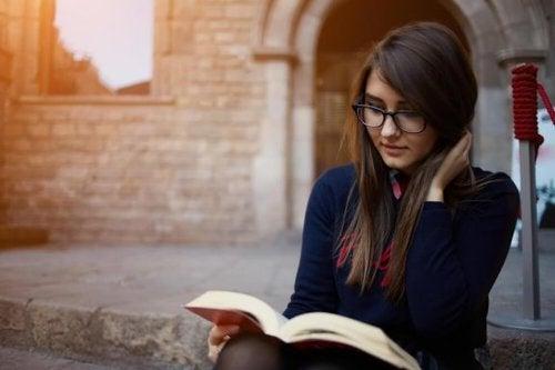 Benefici della lettura per la salute fisica e mentale