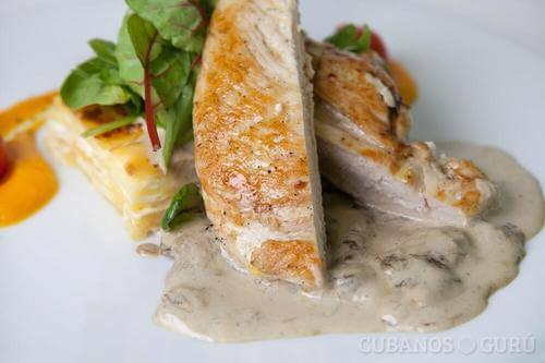 Ricetta del pollo in salsa di formaggio