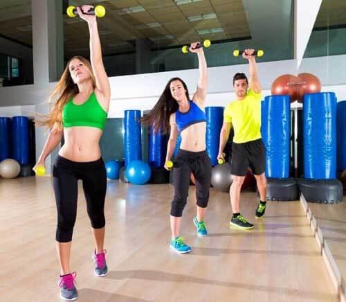 7 esercizi per ridurre il girovita ed essere più belle