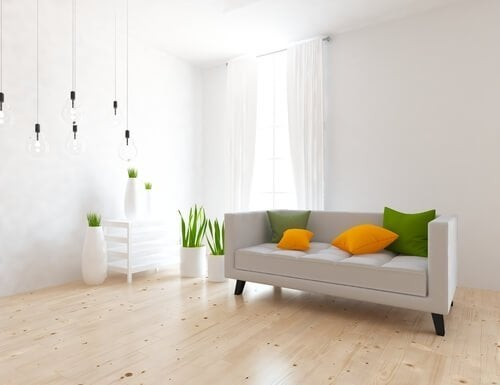 Soggiorno con decorazione minimalista