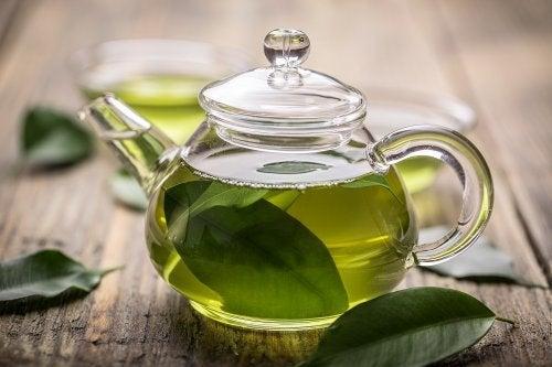 Tè verde come trattamento per la gastrite