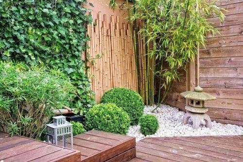 Giardino in terrazza semplici idee vivere pi sani for Giardino in terrazza