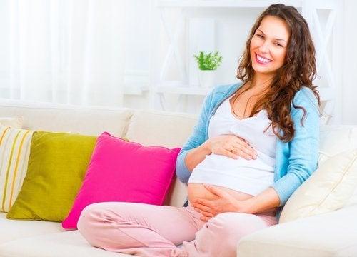 La gravidanza aumenta l'intelligenza delle donne
