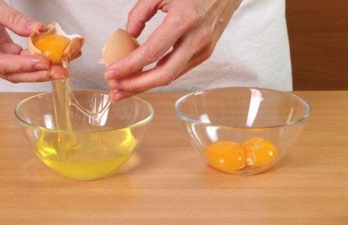 Albume uovo per la cura dei capelli