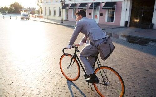 Andare a lavorare in bicicletta
