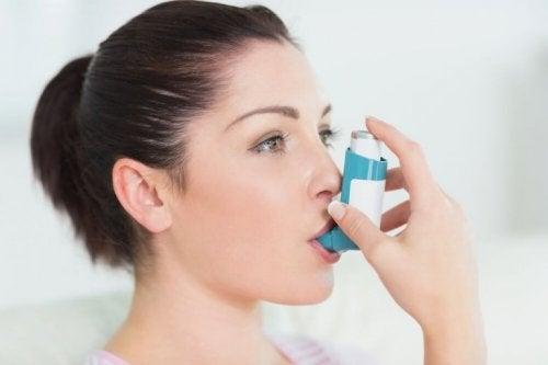 Inalatore per prevenire l'asma