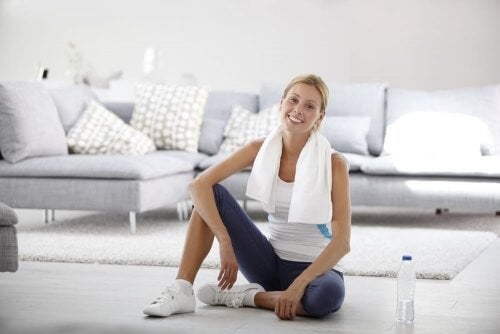 Esercizi da realizzare a casa: la migliore routine