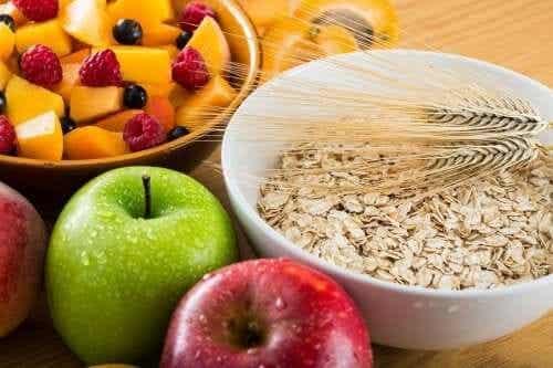 Consumare fibre a sufficienza e consigli nutrizionali