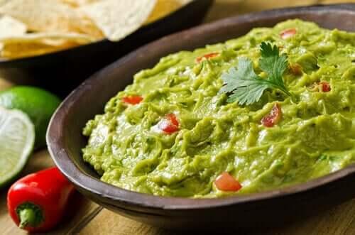 il guacamole è perfetto per accompagnare i tacos vegani