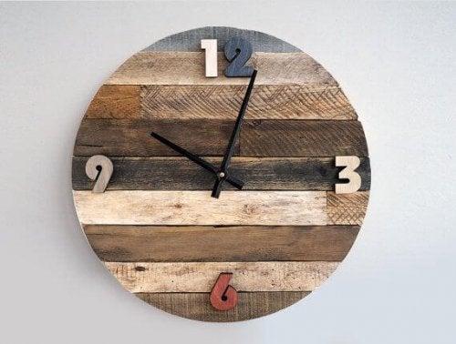 Orologio da parete stile rustico