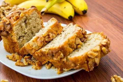 Pane alla banana e noci