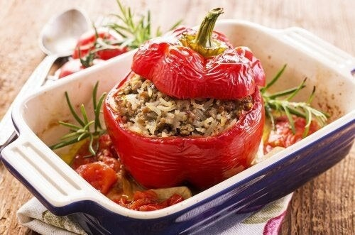 Peperoni ripieni di quinoa, una deliziosa ricetta