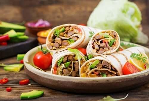 Tacos vegani: 2 deliziose ricette da preparare in casa