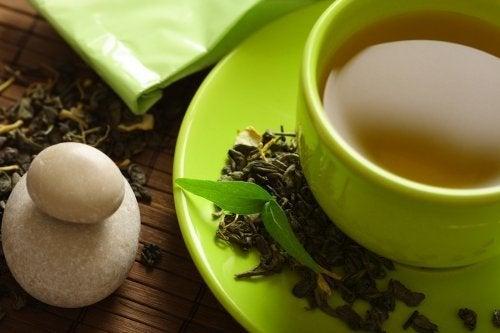 Il tè verde aiuta a dimagrire? Scopritelo!