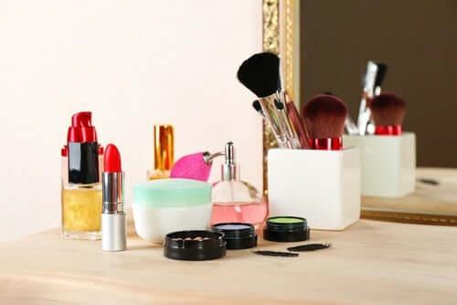 Sostanze tossiche nei cosmetici
