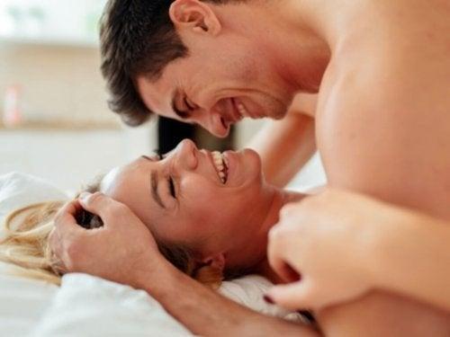 Sessualità appagante e sicura: 5 consigli