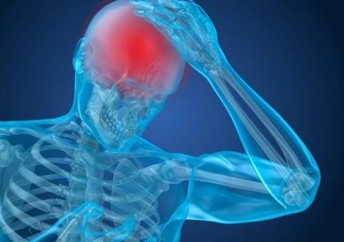 Mal di testa, sintomo dei tumori dell'ipofisi non funzionali