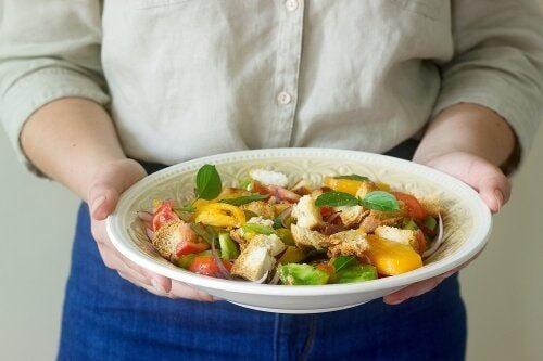 Seguire la dieta mediterranea: 10 motivi
