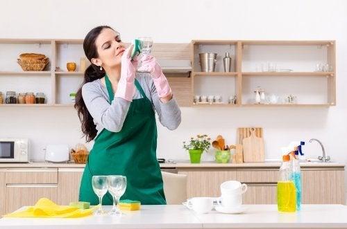 Detergente per vetri: usi alternativi