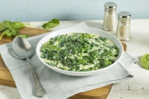 Vellutata di kale e spinaci