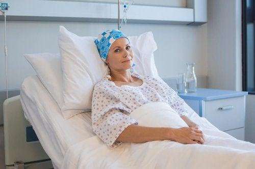 Donna con leucemia