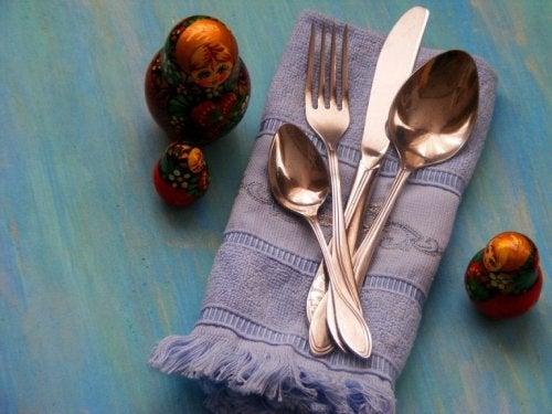 Lavoretti manuali con gli strofinacci da cucina
