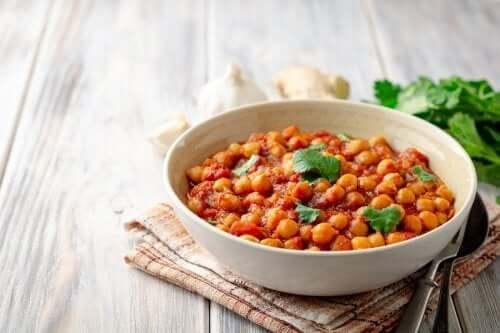 Come preparare dei deliziosi ceci al curry