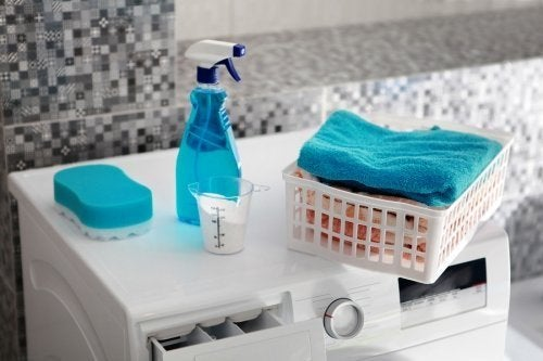 Rimuovere le macchie di olio dai vestiti