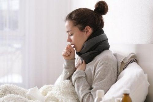 Tosse e catarro: quando bisogna andare dal medico?