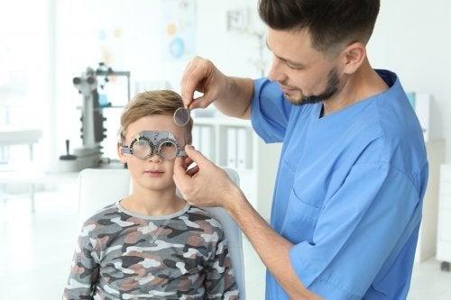 Disturbi della vista nei bambini e come riconoscerli