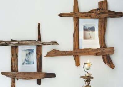 Cornici per foto realizzate con vecchi pezzi di legno