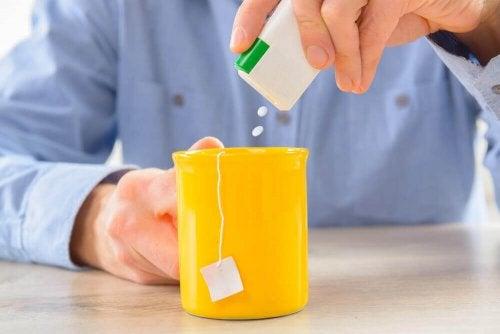 Edulcoranti nelle bevande