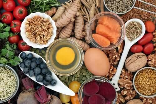 Abbassare il colesterolo con la dieta