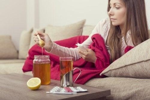 Curare l'influenza con rimedi al miele