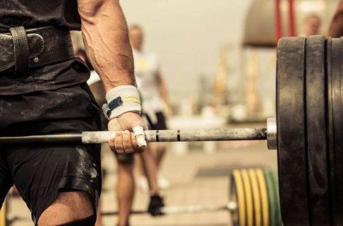 Sollevamento pesi con bilancere