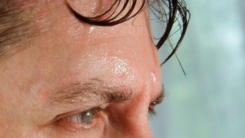 effetti del caldo sul corpo, sudore
