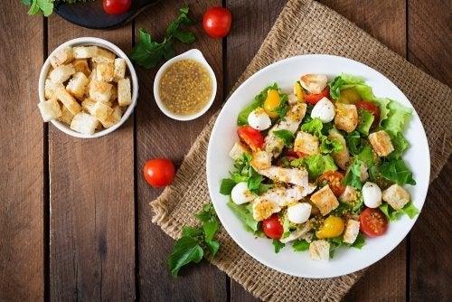Caesar salad: 2 deliziose ricette