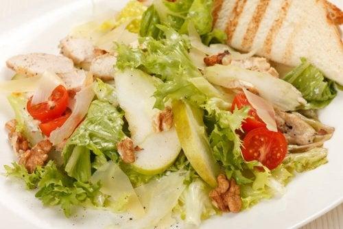 la Caesar salad con mela e senape