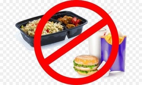 Il cibo spazzatura è vietato