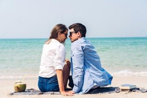 Perché in estate aumenta il desiderio?