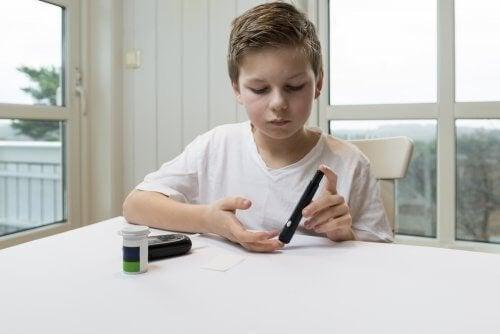 Misuratore della glicemia per il diabete infantile