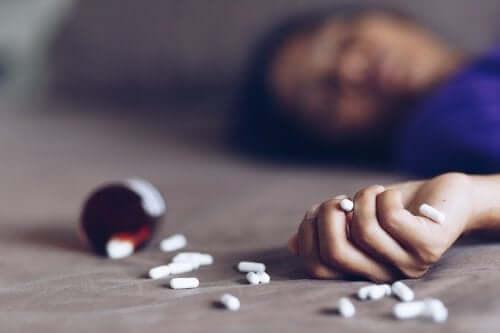 Intossicazione da farmaci, cosa fare?