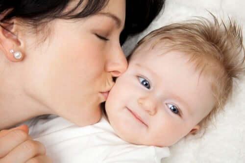 Come combattere la stitichezza nei neonati